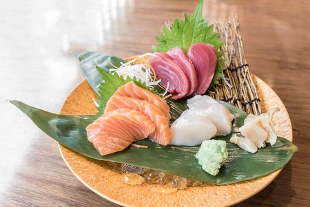 hotate: Sashimi grand luxuary japanese cuisine