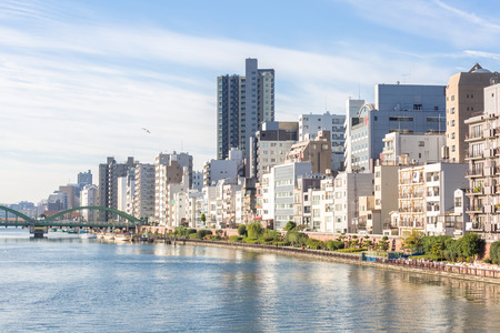 Tokyo Skyline entlang Sumida Fluss Japan