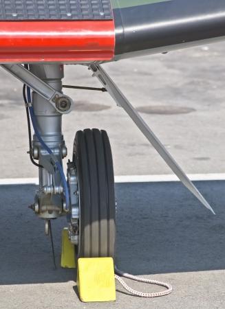 landing light: front landing gear light aircraft