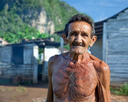 sympathetic: Old sympathetic cuban farmer , valley of Vinales, Cuba Stock Photo