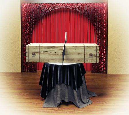 Magicien boîte de sciage pour femme avec un concept de combinaison de saw.Photo