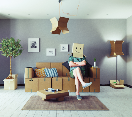 De kamer met kartonnen dozen in plaats van meubels en de man met doos op het hoofd. Media gemengd concept Stockfoto