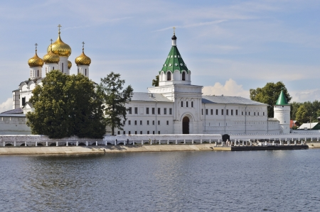orthodoxy: Ipatiev Monastery on the bank of Kostroma river, Russia Stock Photo