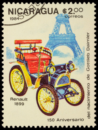 daimler: MOSCOW, RUSSIA - FEBRUARY 06, 2016: A stamp printed in Nicaragua shows first car Renault (1899), series The 150th Anniversary of the Birth of Gottlieb Daimler, 1834-1900 - Vintage Cars, circa 1984 Editorial