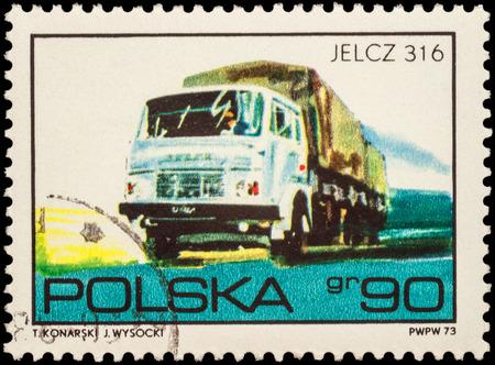 """motor de carro: Moscú, Rusia - 12 de febrero, 2016: Un sello impreso en Polonia muestra Camiones Jelcz 316, de la serie """"vehículos"""" de Polonia, alrededor de 1973"""