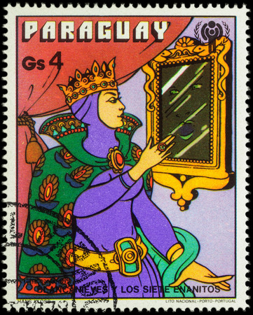 seven dwarfs: MOSCOW, RUSSIA - MAY 21, 2016: A stamp printed in Paraguay shows Queen at the magic mirror, series International Year of the Child - Grimms Fairy Tale Snow White and the Seven Dwarfs, circa 1978 Editorial
