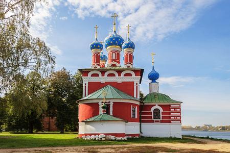 uglich russia: Church of Dimitry on the Blood (1692) in Uglich Kremlin, Yaroslavl region, Russia Editorial