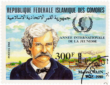twain: MOSCOW, RUSSIA - NOVEMBER 09, 2016: A stamp printed in Comoros shows portrait of Mark Twain (1835-1910), devoted to the 150th Anniversary of the Birth, series  Anniversaries, circa 1985 Editorial