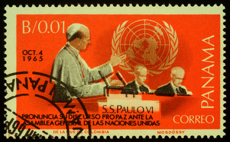 Moscow, Russia - November 25, 2019: Stamp printed in Panama, shows Pope Paul VI speaks at session of the UN General Assembly in New York (1965), circa 1966 Publikacyjne