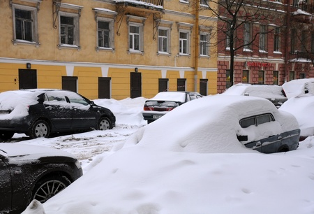 SAINT PETERSBURG, RUSSIA - JANUARY 7: Street in Saint Petersburg after snowstorm January 7, 2009 on the Russian Christmas day.