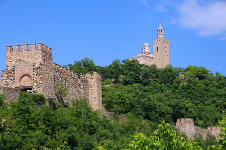 tarnovo: Medieval Tsarevets stronghold in the city of Veliko Tarnovo in Bulgaria in the springtime Editorial