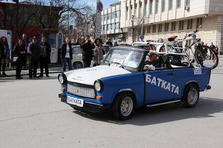 VELIKO TARNOVO, Bulgarien - 16. MÄRZ 2019: Vintage Trabant Minicar beim Trabant Fest in der Stadt