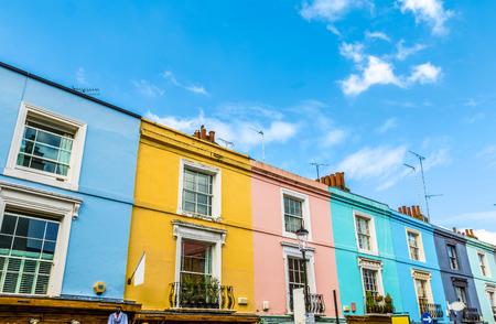 Kleurrijke Engelse Terraced Houses in Notting Hill, Londen Stockfoto