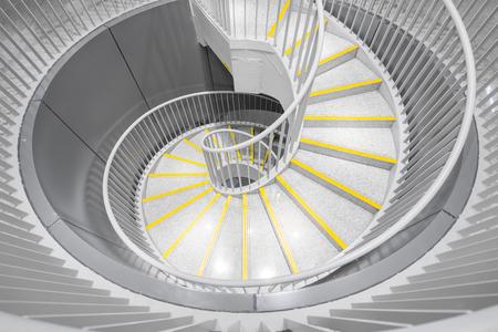 nombre d or: escaliers en spirale