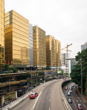Dec. 3, 2016-Hong Kong: Hong Kong street view. Viaduct by the modern buildings. 新闻类图片