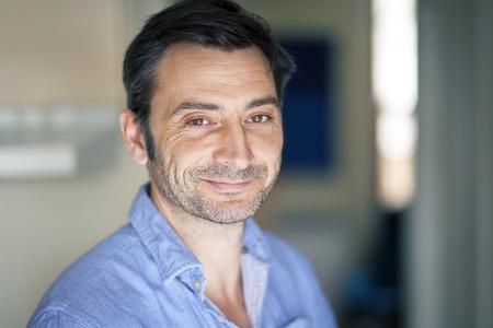 성숙한 이탈리아어 남자의 초상화 스톡 콘텐츠