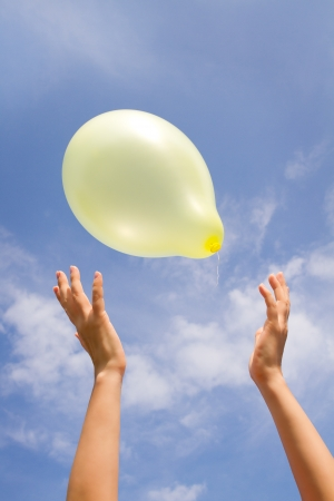 chilled out: woman catches the balloon.