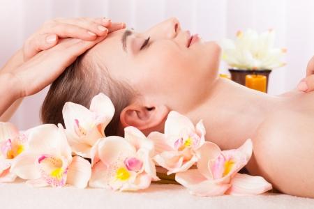 Beautiful woman relax in spa Stock Photo - 18426907