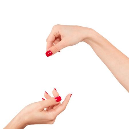 Frauen Hand Visitenkarte, Kreditkarte, leeres Papier oder anderen isolierten auf weißem Hintergrund zu halten.