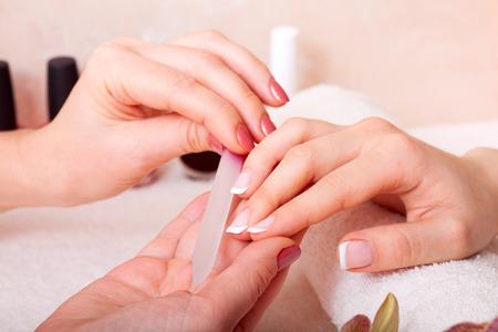 Maniküre und Pediküre. Körperpflege, Spa-Behandlungen Standard-Bild