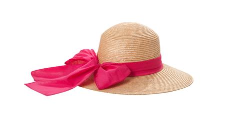 Grazioso cappello di paglia con nastro e fiocco su bianco Archivio Fotografico