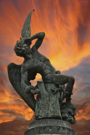 fallen angel: Fallen angel