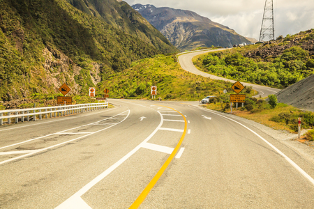 Curve meandering highway road pass Stockfoto