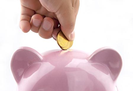 economise: Saving money