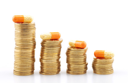 dinero falso: The concept of drug and drug price