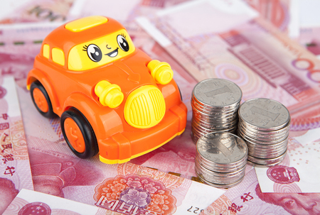 arrears: Car model and RMB