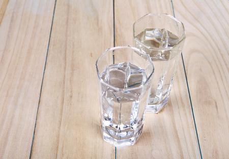 two glasses of water Lizenzfreie Bilder