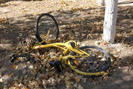 Damaged bicycle at outdoors