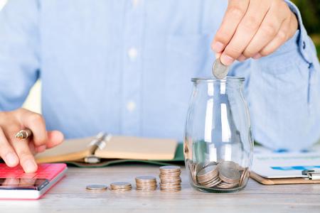 Men are doing financial management Imagens