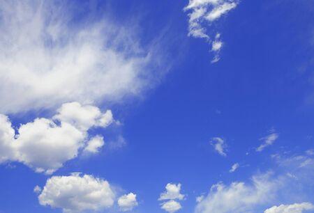 Blue sky and white clouds 版權商用圖片