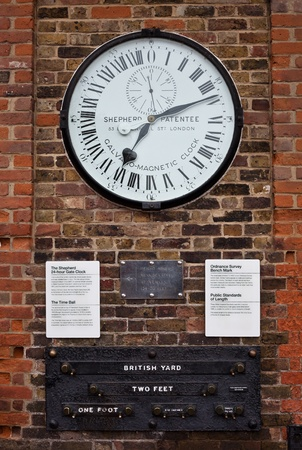 greenwich: Clock at the gates of Royal Observatory in Greenwich.