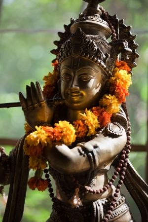 deity: Indian deity  Bronze statuette