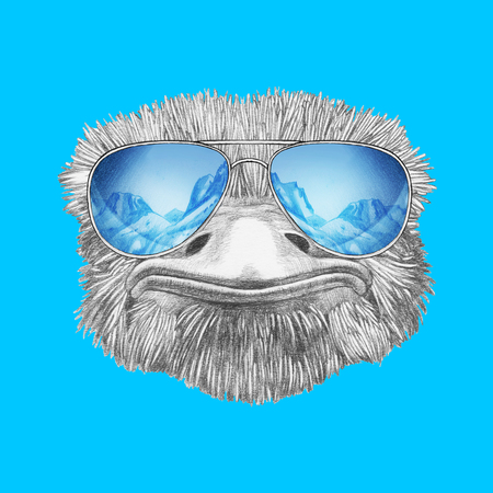 Portrait of Ostrich with mirrored sunglasses. Hand-drawn illustration. Reklamní fotografie - 112527570