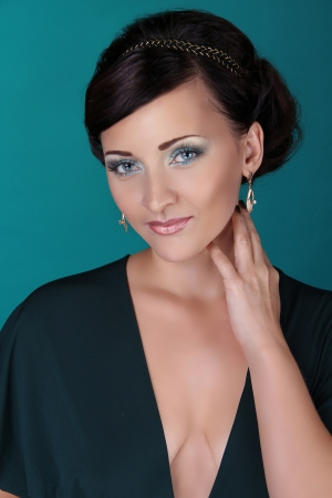 eyes contact: Portrait of beautiful smiling woman with blue eyes, Beauty and Fashion