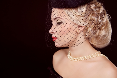 Retro woman. Jewelry and Beauty.  photo