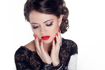 Beautiful woman with evening make-up. Jewelry and Beauty. Fashion photo Stock Photo - 18184932