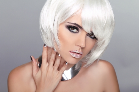Fashion Beauty Blond Girl. Woman Portrait with White Short Hair. Hairstyle. Make up. Vogue Style. Stock Photo - 22183382