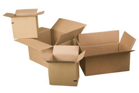 stockpiling: abrir las cajas de cart�n marr�n sobre fondo blanco