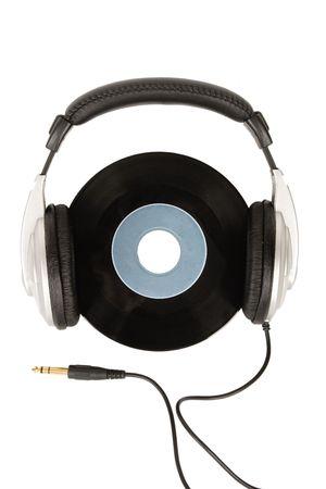 audifonos: Vista frontal de auriculares de dj y vinilo vintage  Foto de archivo