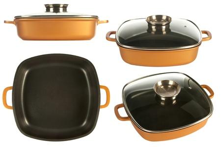 utensilios de cocina: utensilios de cocina de hierro fundido olla, sartén antiadherente y tapa de cristal aislado en blanco