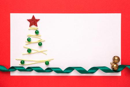 Tarjeta De Navidad En Blanco O La Invitación Con El árbol De