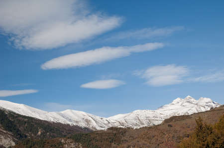 Peaks of the Ordesa and Monte Perdido National Park from Bestue.