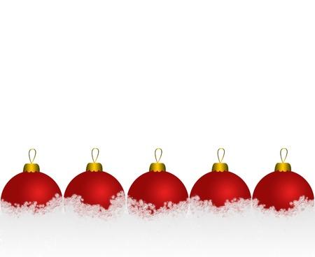 雪の中の赤いクリスマス ボールのセット 写真素材