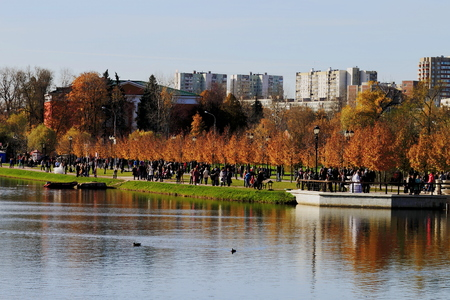 the tsaritsyno: Tsaritsyno ponds, Moscow, Russia Editorial