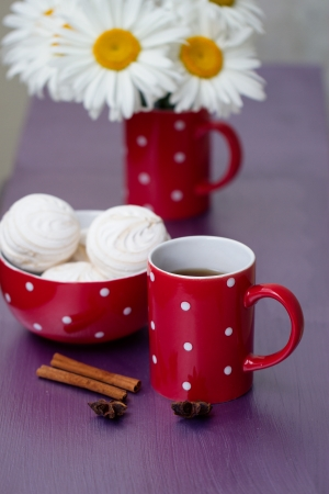 endorphine: Red polka dot cup of tea, marshmallow and chamomile