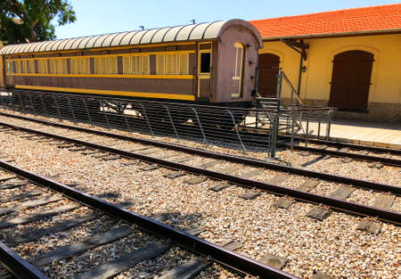 Overview of the rails and a wagon, in the old train station in Tel Aviv, Israel. Imagens - 150633695